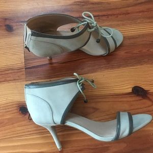 Shoes - Gorgeous sexy sandal. Sole Society 8.5